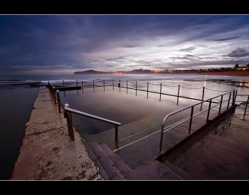 Mona Vale Pool by Matt Tinker